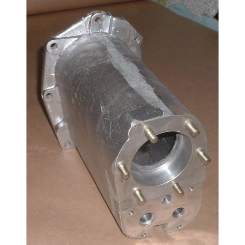 LAND ROVER SERIES TRANSFER BOX SHAFT HOUSING ASSEMBLY