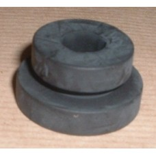 RADIATOR GROMMET / BUSH