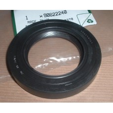 LT95 OUPUT SHAFT OIL SEAL