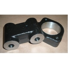 REAR AXLE FULCRUM BRACKET
