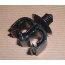 PIPE CLIP DOUBLE 8MM