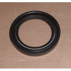 STUB AXLE OIL SEAL