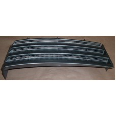 WING GRILLE RH FRONT