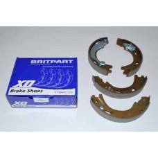 AXLE KIT  BRAKE SHOES AND LININGS