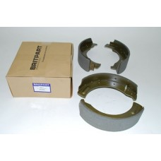 AXLE BRAKE SHOE SET 1 TON / 6 CYLINDER