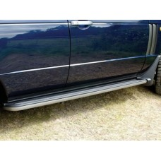 BODY SIDE STEPS WITH MUDFLAPS - PAIR