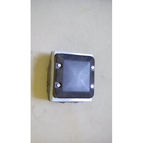 GPS ANTENNA AND MOUNT ASSY (SQUARE)